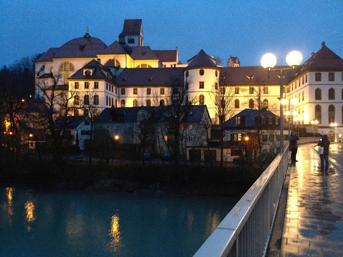 Füssen by night.