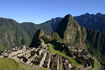 See the ruins of Machu Picchu
